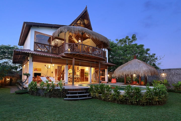 Flamboyant House