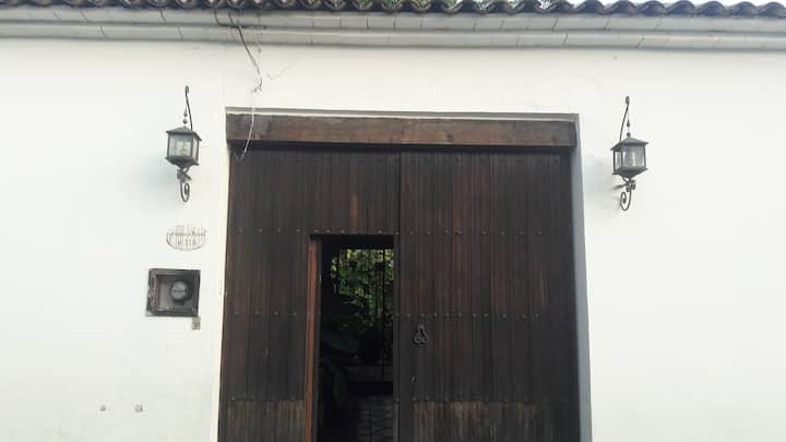 Rent a Room in a Colonial House