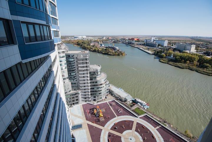 Просторная студия на 23 этаже с видом на ДОН