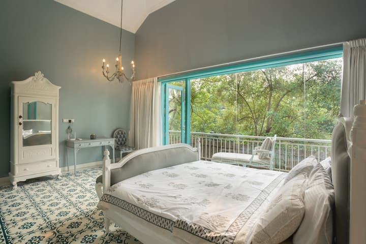 White Banyan - 5 bed, Private pool, Beach access
