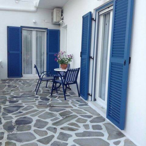 Antiparos comfortable house in the center of town!