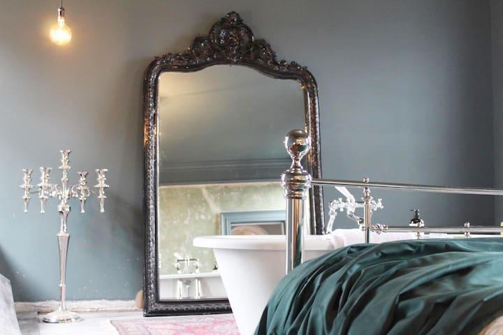 Master Bedroom Macclesfield