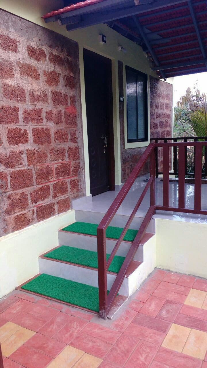 Beach Way Homestay (Cottage 1)