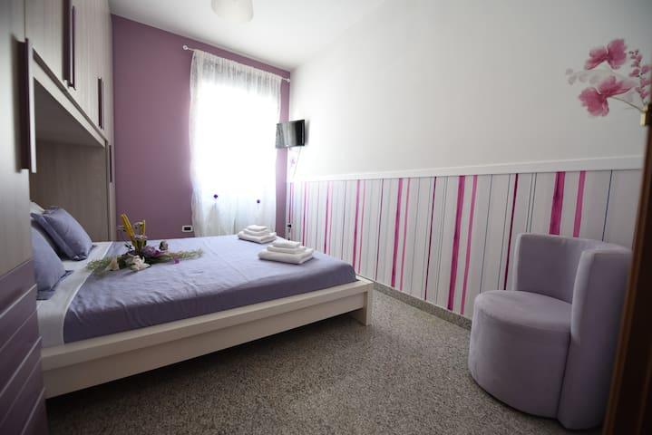 Camera matrimoniale n.2 con aria condizionata