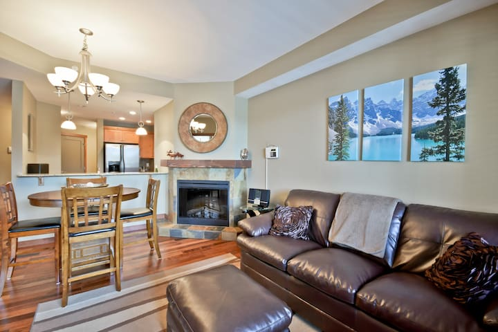 Luxury 2-bedroom condo in Canmore