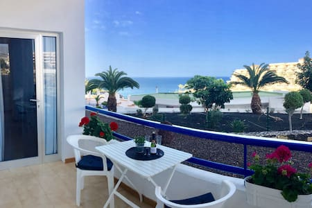 Exclusive Apartment with ocean views Playa Paraiso - 阿德赫 - 公寓