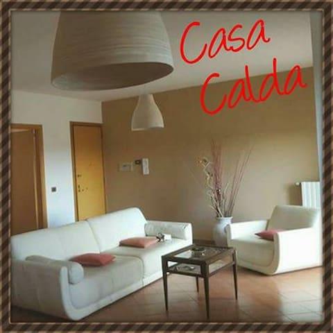 Ampio e confortevole appartamento zona tranquilla - Bari - Leilighet