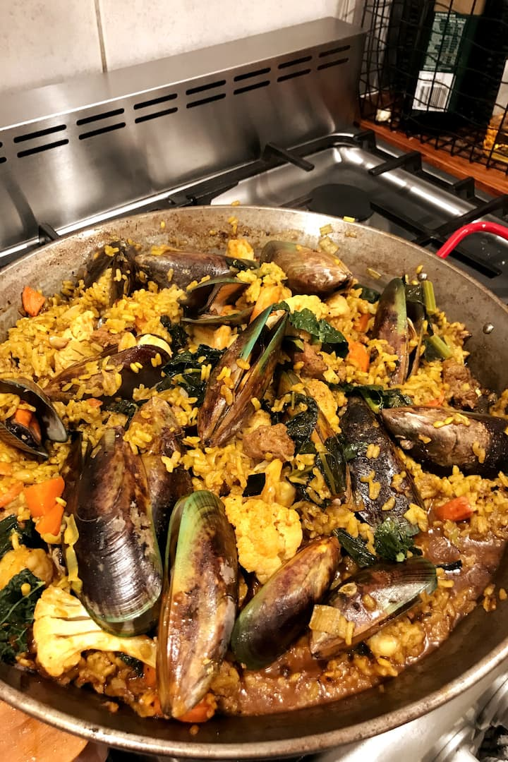 Finished paella for you to eat