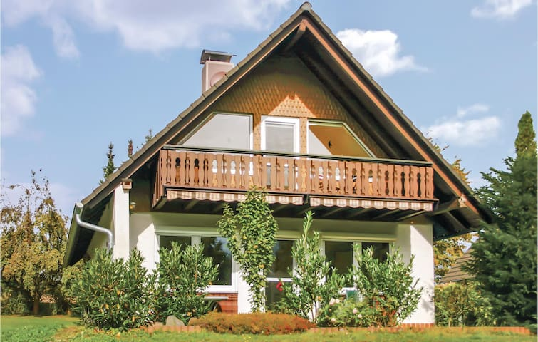 Holiday cottage with 4 bedrooms on 96m² in Oberaula OT Hausen