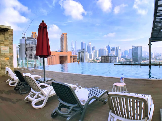 Exclusive suite with Rooftop pool