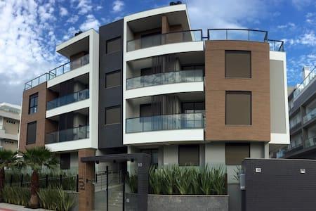 Apartamento Novo Campeche Fun Beach - 弗洛里亚诺波利斯 - 公寓