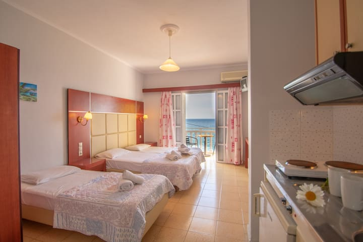 Studio ground floor by Agoulos Beach Hotel