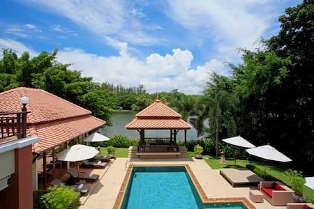 5 bedroom villa in Laguna complex - Phuket, Thailand