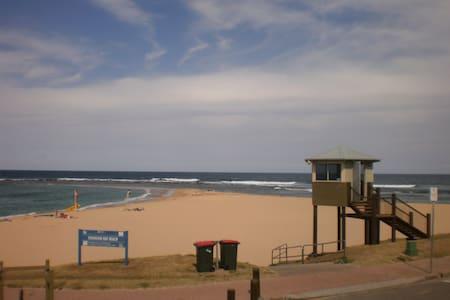 Melita's Place - Shelly Beach - Rumah