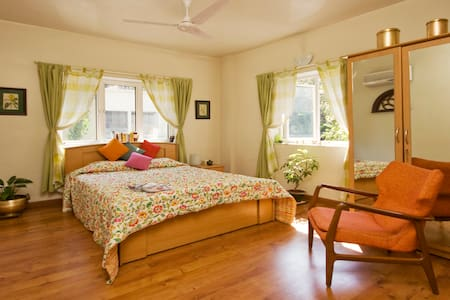 B&B in a lovely, quiet home in Pune - Pune - Bed & Breakfast
