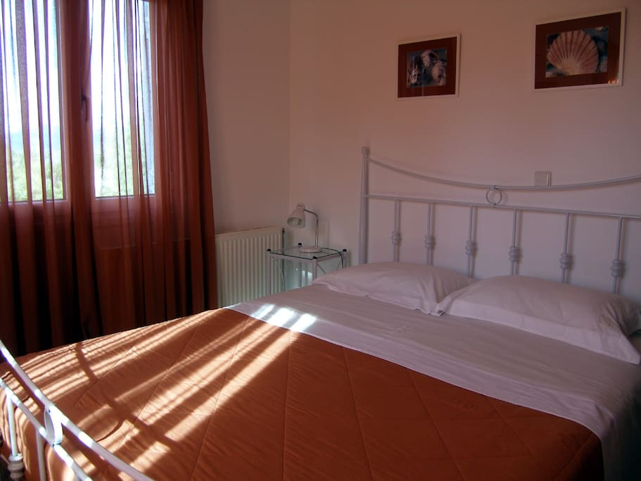 The main double bed bedroom