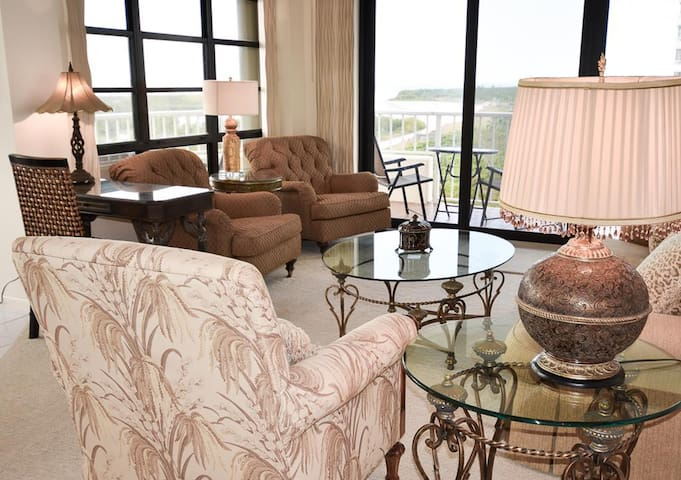 SOUTH SEAS 3, 612 MARCO ISLAND VACATION RENTAL
