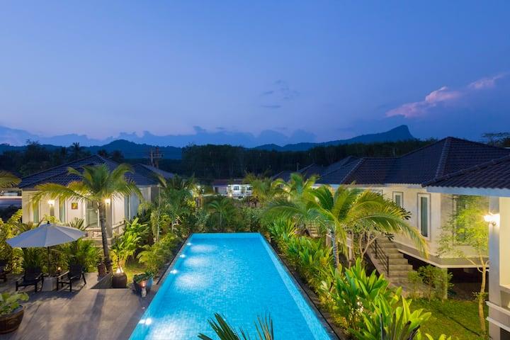 Superb Pool Villa 'Hibiscus' @ Sengjan Garden