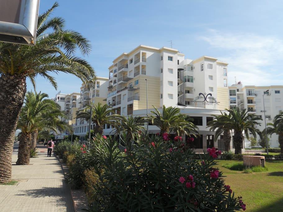 Appartement bord de mer et piscine apartments for rent for Airbnb marrakech
