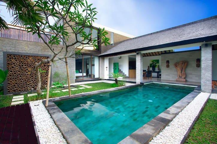 TUVILLAENBALI A BEAUTIFUL 2 BEDROOM - Bali ( indonesia ) - Huis