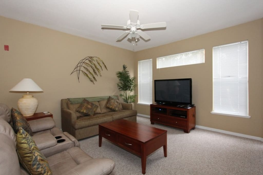 Great Rates Minutes From Disney Condominiums For Rent In Kissimmee Florida United States