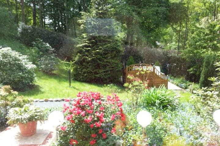 Gemütliche Ferienwohnung mit privatem Garten