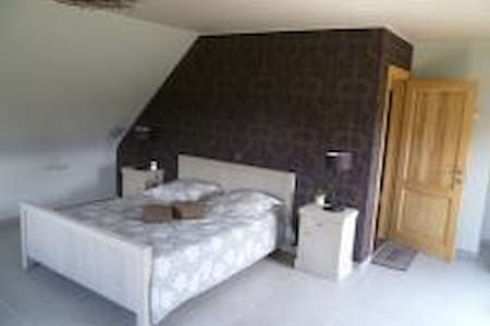 B&B Welcome Home - Suite kamer - laakdal - Bed & Breakfast