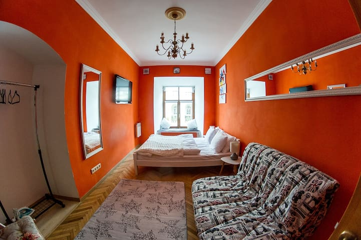 SF central Apartments on Rynok Square (1 room)