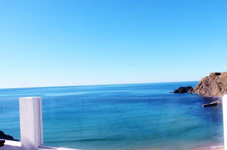 Arrifana beach house Francelino