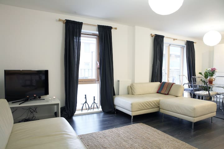 Lovely Spacious Quiet Flat-CENTRAL- near Kings X