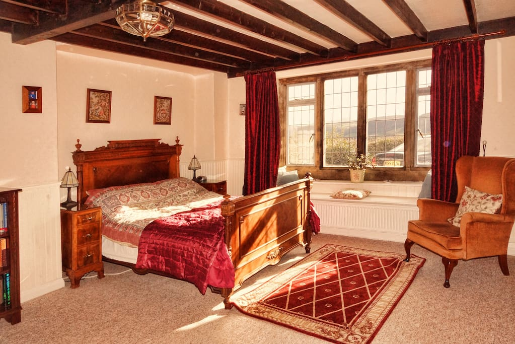 Attractive bedroom suitable for a special occasion or just a family holiday