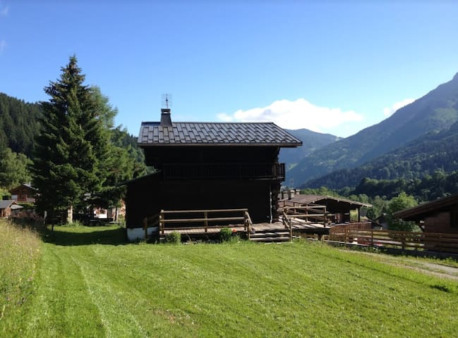 Great location, family chalet - Les Contamines-Montjoie - House