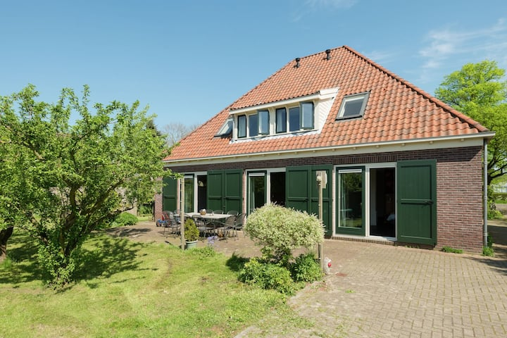 Inviting Holiday Home in Zuidoostbeemster near Centre & Forest