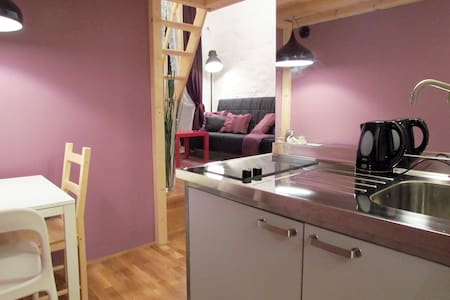 """Frisierzimmer"" Violet Art Loft"