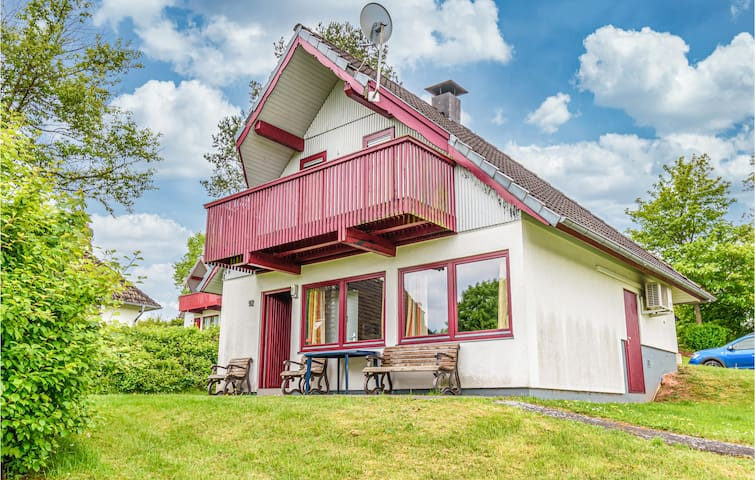 Holiday cottage with 3 bedrooms on 75m² in Kirchheim/Hessen