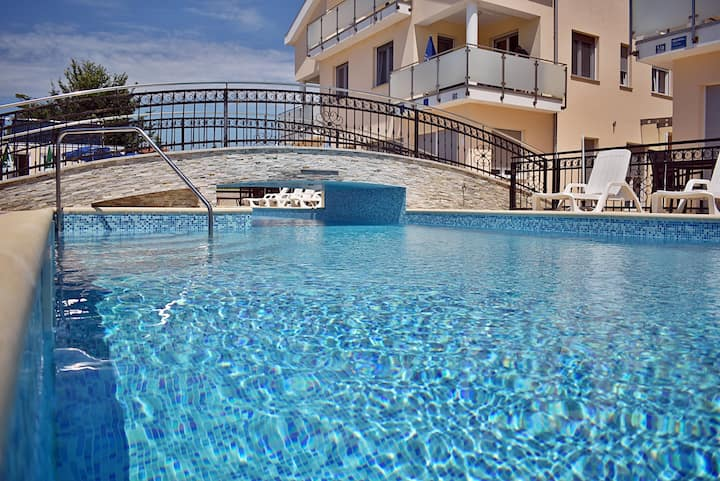 806 Apartments Funtana - Two Bedroom Apartment with Pool and Balcony