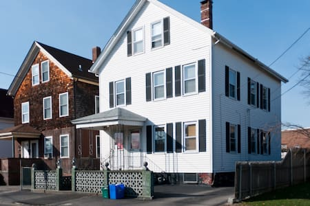 Great Apartment, East Providence - Apartment