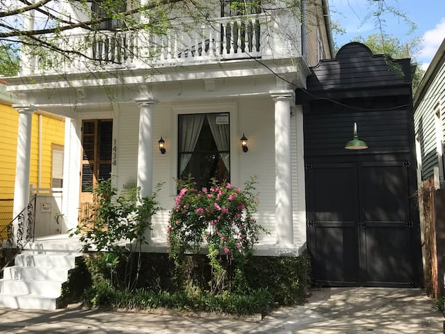 New Orleans Tiny House - 1 Guest Only