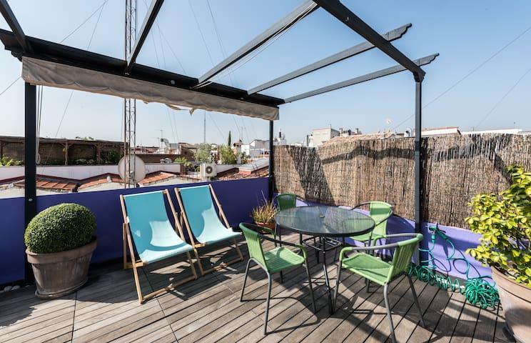 Attic with terrace Madrid city center -WIFI- cozy