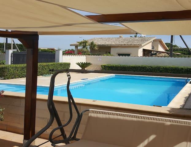 Villa a pochi passi dal mare - Arenella - Casa
