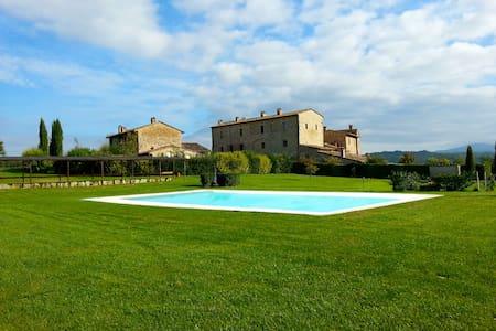 Noble Historic Villa in Tuscany - Colle di Val d'Elsa  - Villa