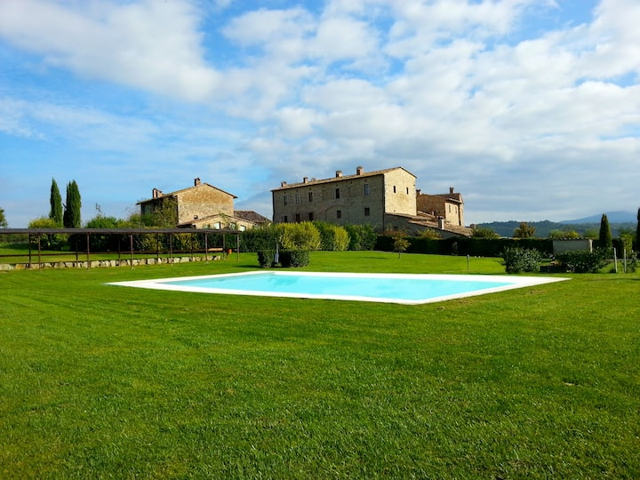 Noble Historic Villa in Tuscany