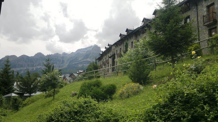 Acollidor al cor del Pirineu2 - Tramacastilla de Tena - Apartment