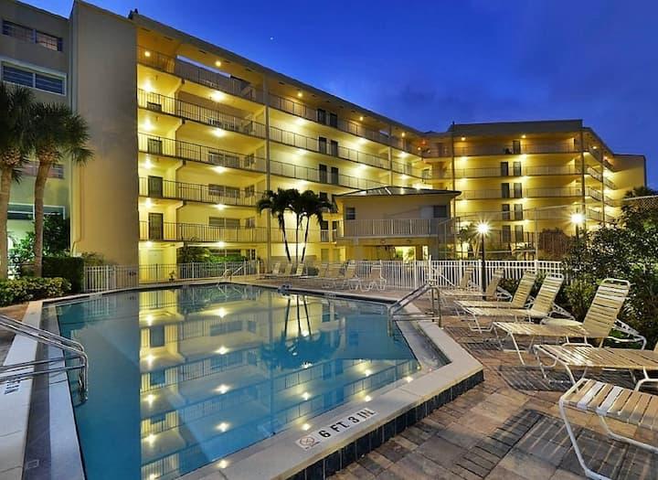 Coastal Contemporary Condo 1# JW Marriott Option!