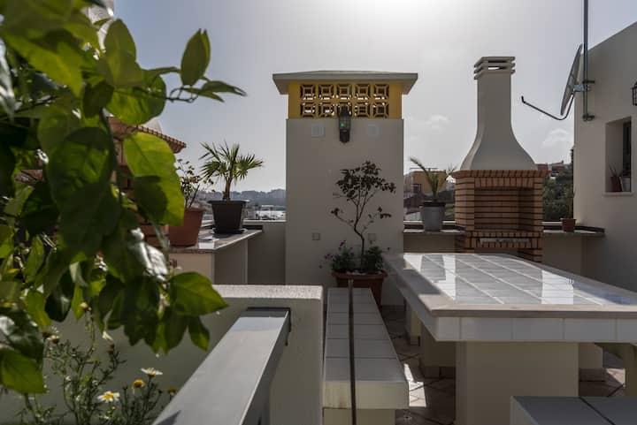 Mooi Appartement met dakterras Ferragudo centrum