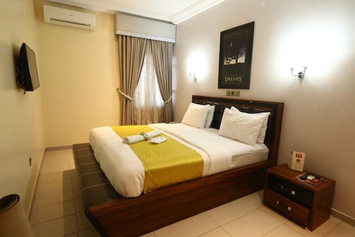 ST Hotel Apartment  - Royal Gold