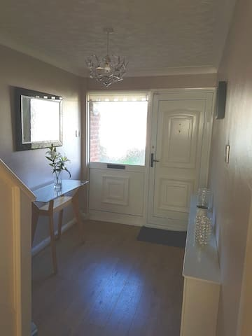 CHAMPIONS LEAGUE WEEKEND - Property available