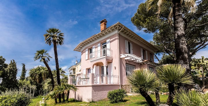 Belle Epoque villa. Panoramic seaview Villefranche