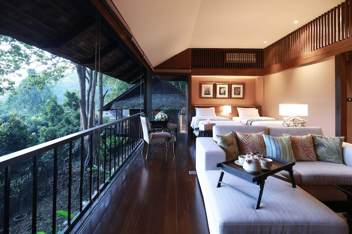 ⭐Paradise Hills Resort 10BR w/ Breakfast & Sunrise