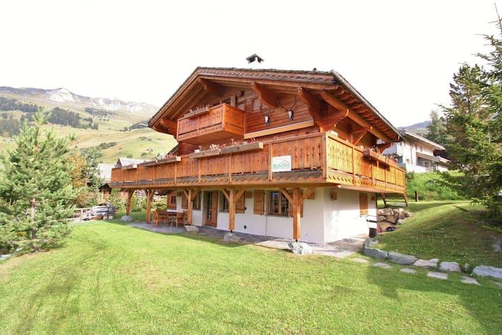 Luxury Apartment in Verbier with Garden